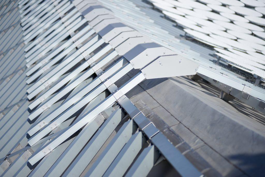 Der Dachaufbau der Elbphilharmonie im Detail.